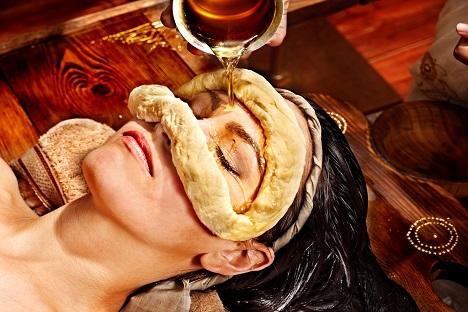 Eye Treatment ( Akshitharpana )