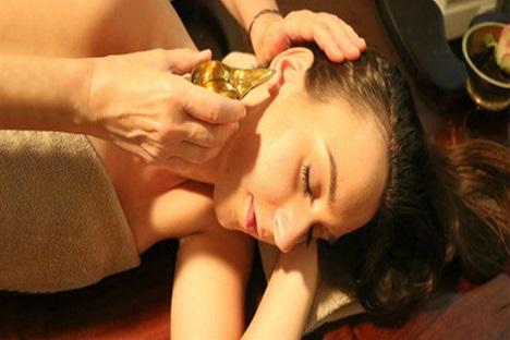 Ear Treatment ( Karna Tharpana )